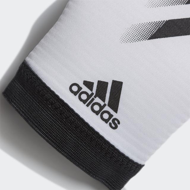 vratarskie-perchatki-adidas-00a30q0r3q8n