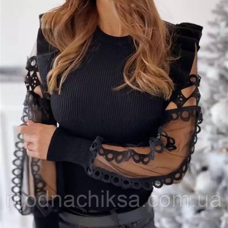 Блуза  рукава гипюр