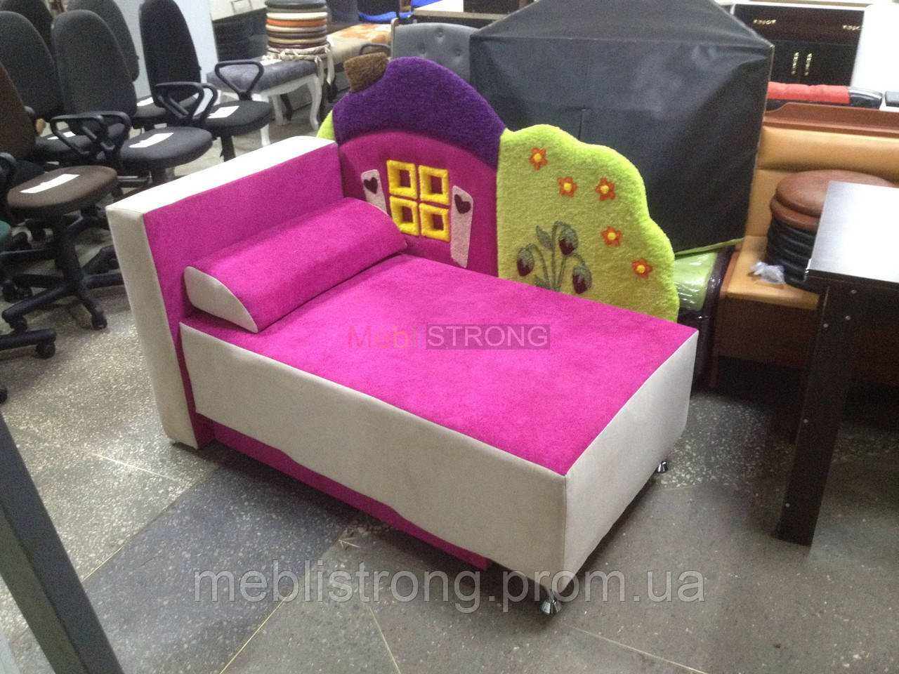 Детский диван с нишей для ребенка Теремок - розовый цвет