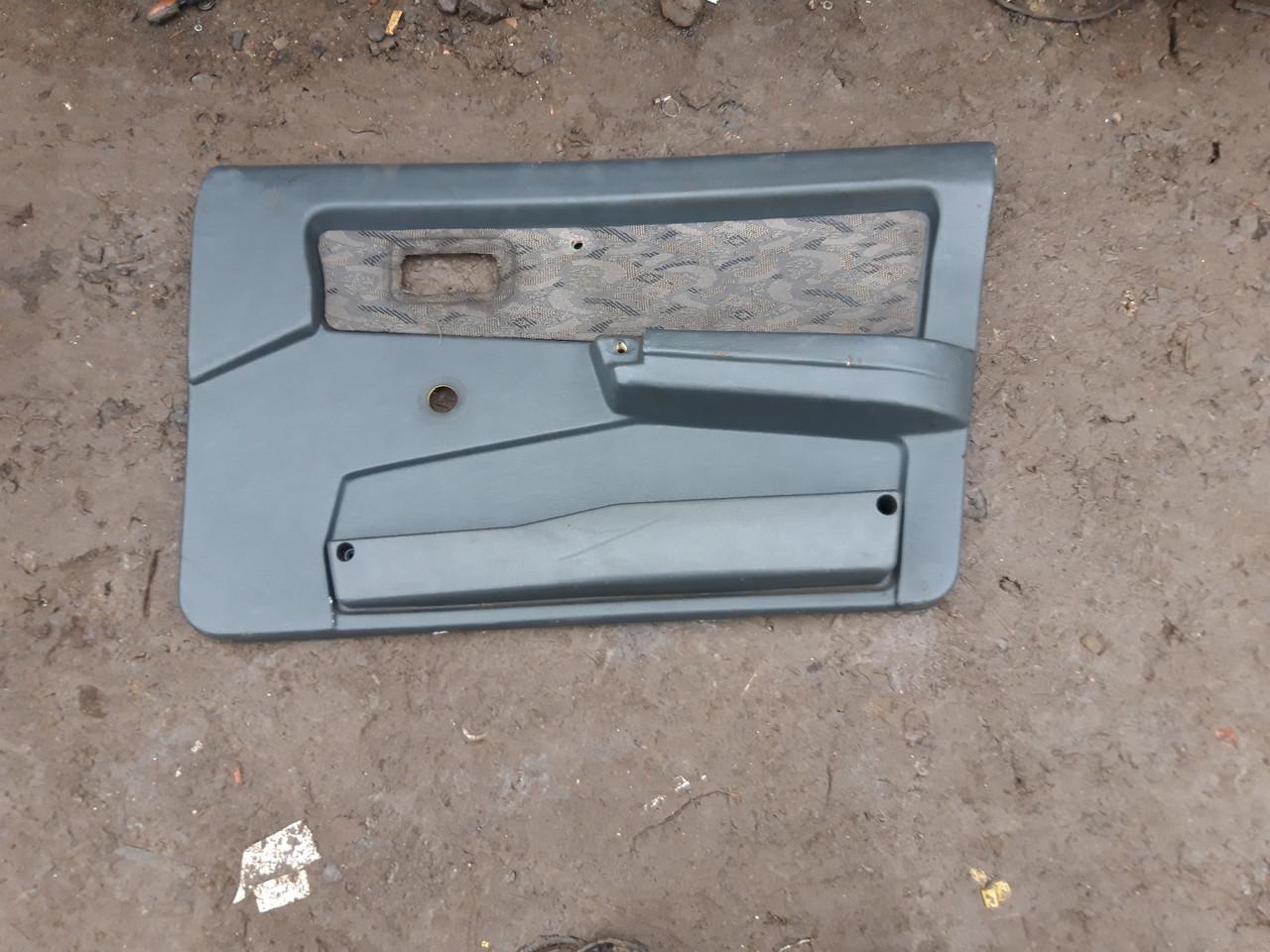 Карты дверей ВАЗ 2109 21099  задние передние обшивка обивка дверей комплект  бу