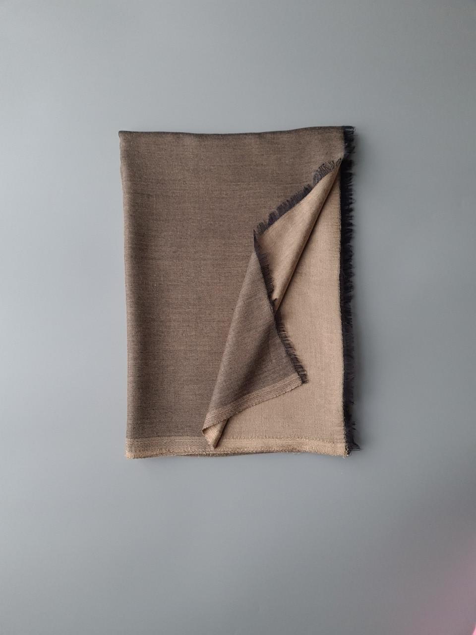 Двухсторонний шарф из шерсти и шелка бронзовый/песок