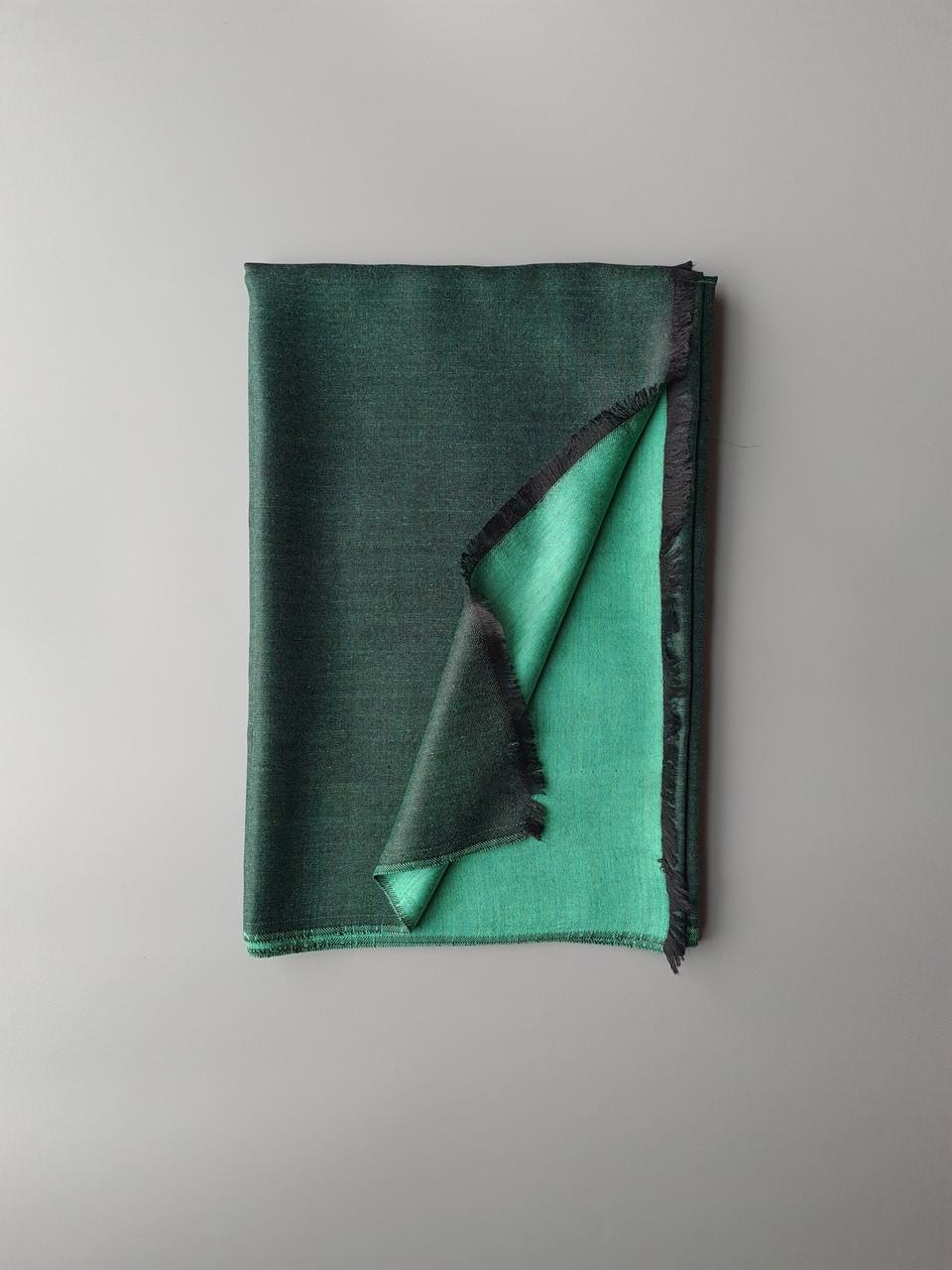 Двухсторонний шарф из шерсти и шелка зелено/черный