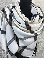 Женский зимний белый шарф в клетку с бахромой (цв.1)