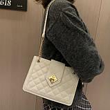 Женская классическая сумка на цепочке через плечо кроссбоди белая, фото 3