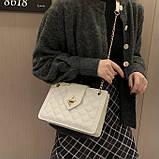 Женская классическая сумка на цепочке через плечо кроссбоди белая, фото 6