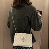 Женская классическая сумка на цепочке через плечо кроссбоди белая, фото 8