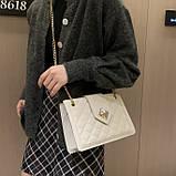 Женская классическая сумка на цепочке через плечо кроссбоди белая, фото 5
