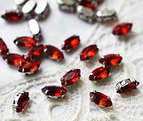 Стразы стеклянные Маркиз (Лодочка) 4х8 мм, в оправе, красные