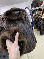 Женский полушубок с капюшоном размера XL коричневый цвет натуральная норка