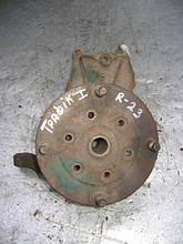 Поворотний кулак переднього правого колеса б/у на Renault Trafic 1 рік 1980-2001 (23 шл)