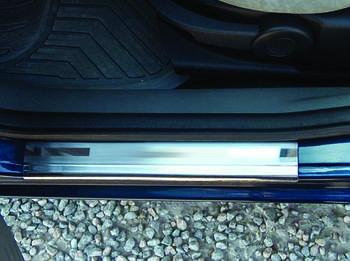 Ford Fusion 2002-2009 гг. Накладки на пороги OmsaLine (4 шт., нерж.)