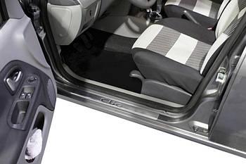 Renault Clio и Symbol 2009-2012 гг. Накладки на пороги Carmos (4 шт, нерж.)