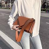 Женская классическая сумка через плечо кросс-боди на ремне рыжая коричневая, фото 3