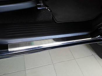 Toyota Hilux 2006-2015 гг. Накладки на пороги Carmos (4 шт, нерж.)