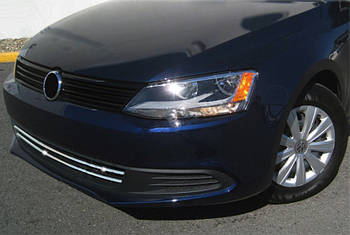 Volkswagen Jetta 2011-2018 гг. Накладки на решетку бампера 2011-2014 (2 шт, нерж)