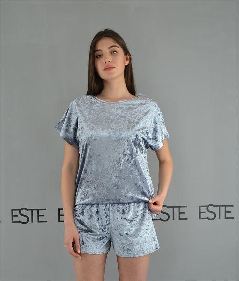 Женская пижама футболка и шорты Este велюровая серебристая.