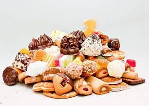Круасаны, пряники, печенье, вафли.