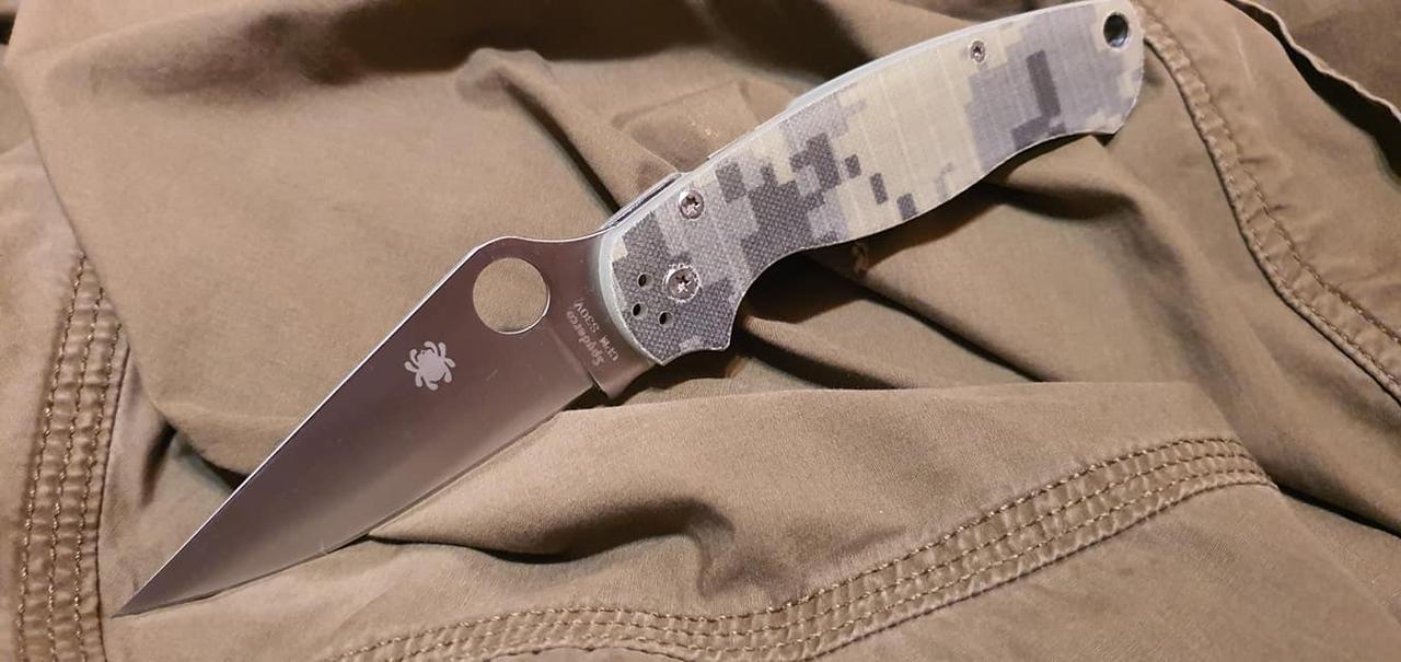 Складной нож Spyderco А8 реплика с камуфлированной рукоятью