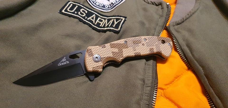 Складний ніж BG AK-1  рукоятка піксель для полювання, риболовлі, туризму