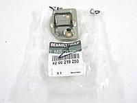 Скоба замка передних и сдвижных дверей на Рено Кенго II 2008-> RENAULT (Оригинал) 8200219250