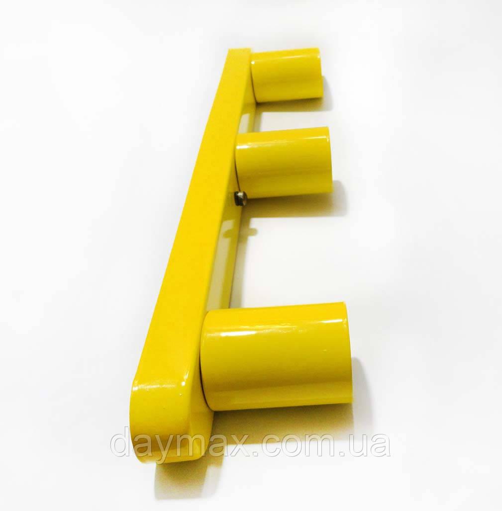 Светильник бра настенно-потолочный на 3-лампы BASE-3  E27 желтый