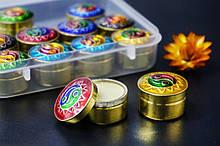 Сухі духи Амбер з Сандалом в металевій баночці Індія