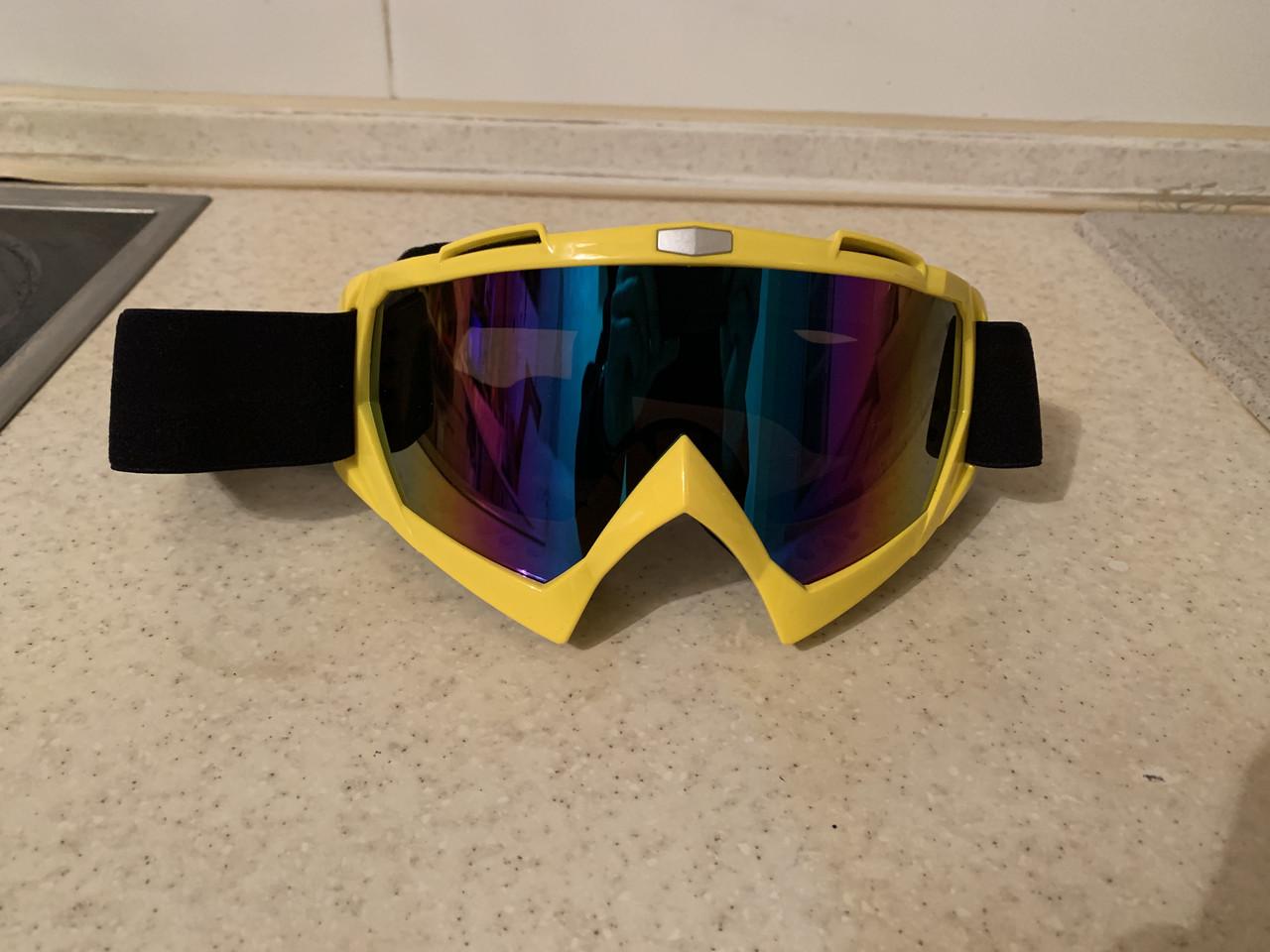 Маска желтая на шлем сноуборда лыж сноубордические Очки