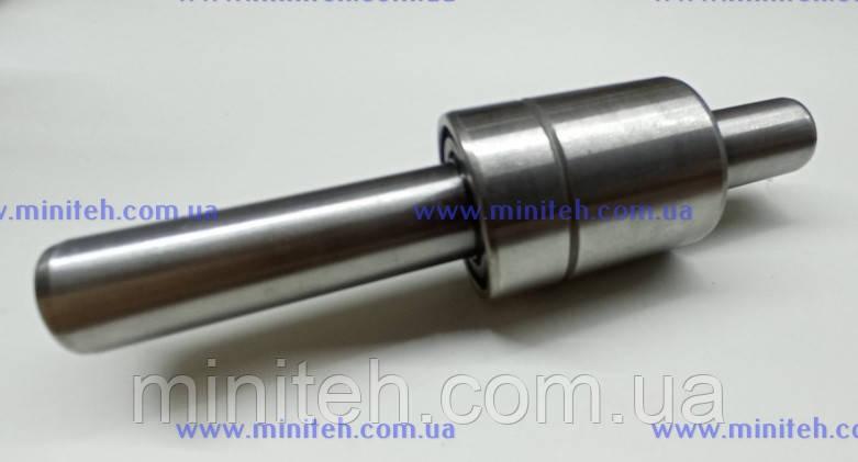 Вал водяного насосу з підшипником дв. КМ-385Вт (D-15 mm)