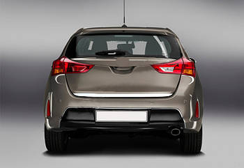 Toyota Auris 2012-2015 гг. Кромка багажника (нерж)