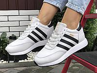 Подростковые зимние кроссовки Adidas Iniki ботинки на меху белые зимние в стиле Адидас