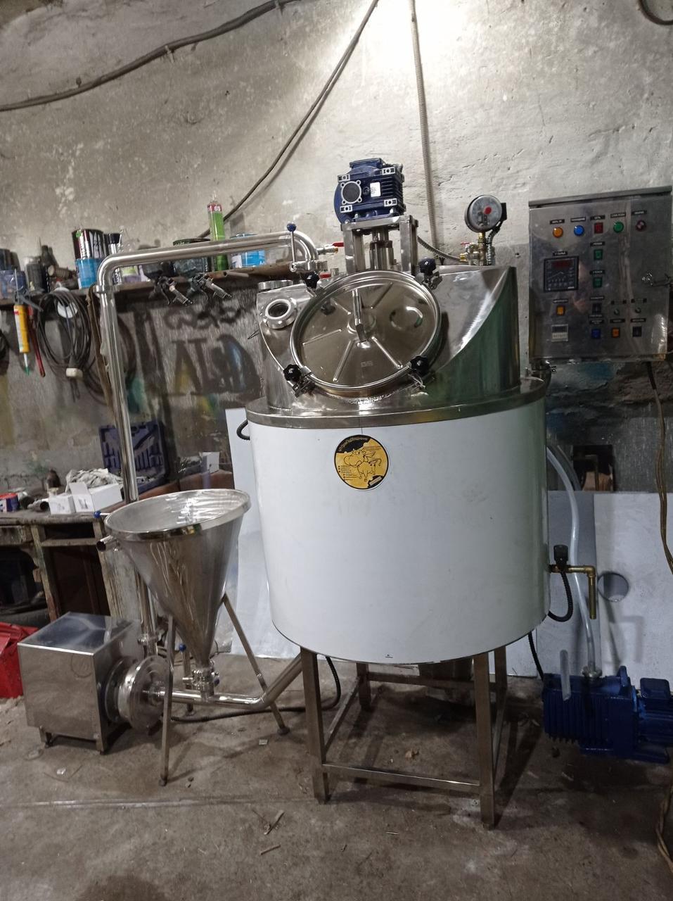 Котел варочный кпэ-250 вакуумный с обвязкой гомонизатора