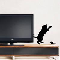 Интерьерная наклейка Котенок и мышонок