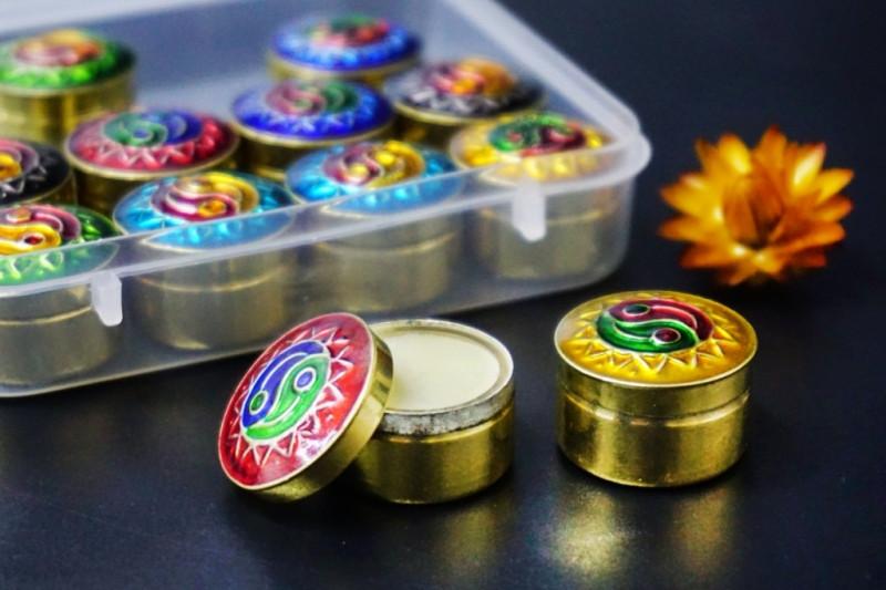 Сухие духи Наг Чампа в металлической баночке Индия