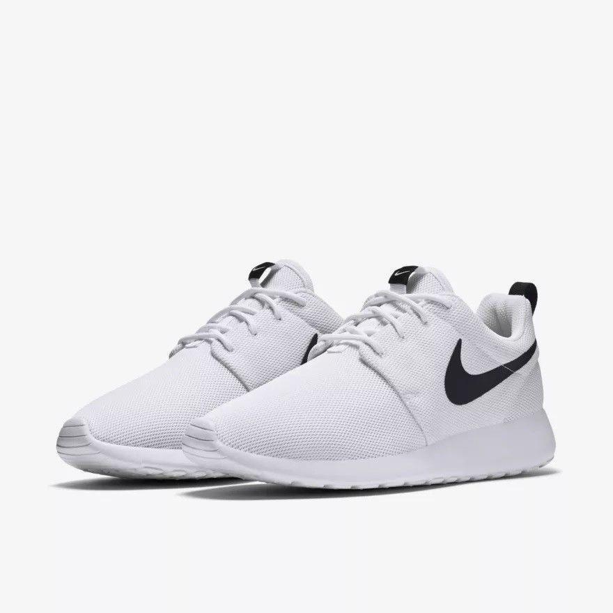 Кроссовки Nike Roshe Run White Black logo Белые женские