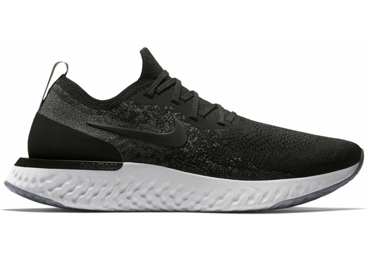 Кроссовки Nike Epic React Flyknit Running Shoes Black White AQ0067-001 черные мужские