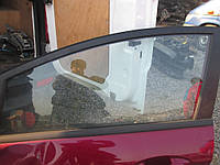 Б/у Стекло передней двери Ford Fiesta 2010-2013