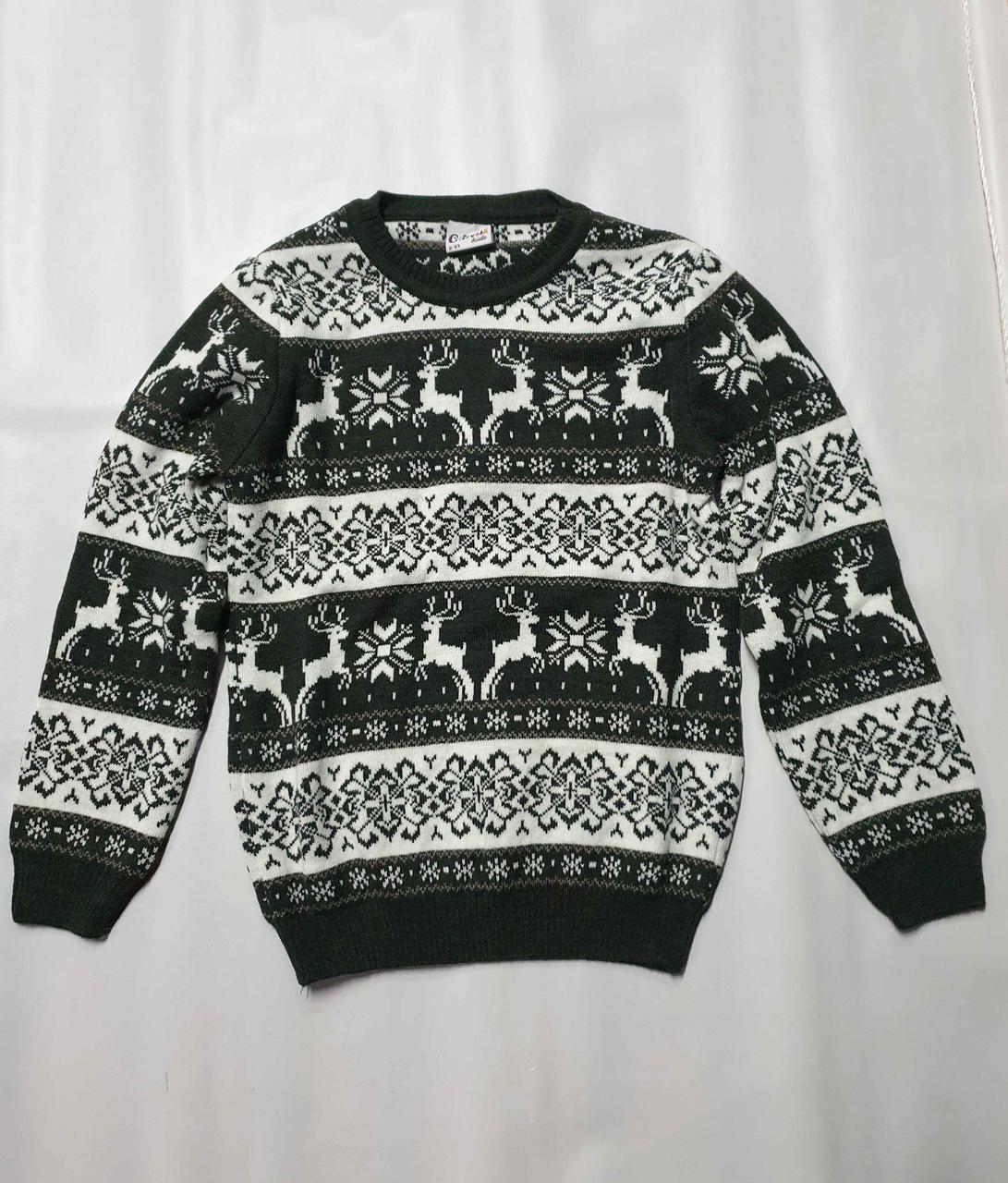 Вязаный свитер детский с оленями на мальчиков изумрудный