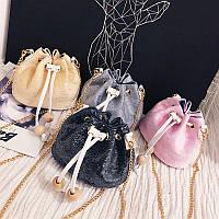 Маленькая сумочка в паетках