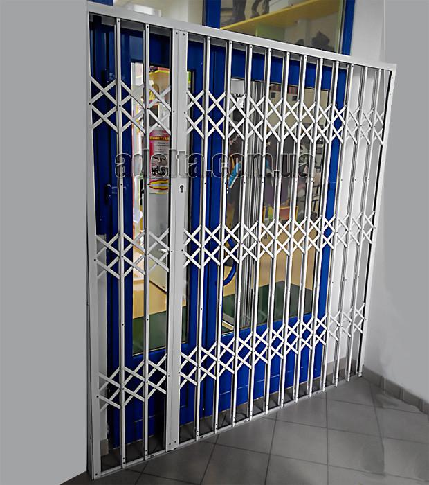 Раздвижная решетка на двери Шир.1730*Выс2200мм для офиса