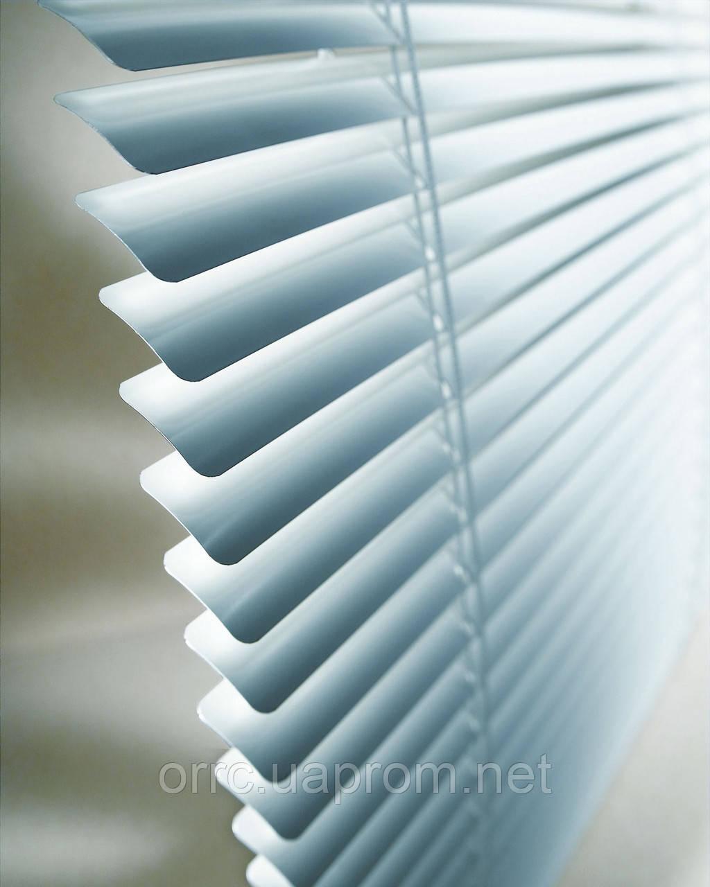 Горизонтальные жалюзи белые 500*1200
