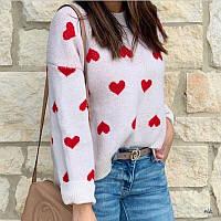 Нежный свитер женский с сердечками