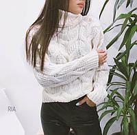 Тёплый свитер женский с горлом белый