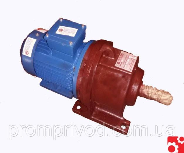 Мотор редуктор 3МП-31,5 3 ступени 12,5 об/мин