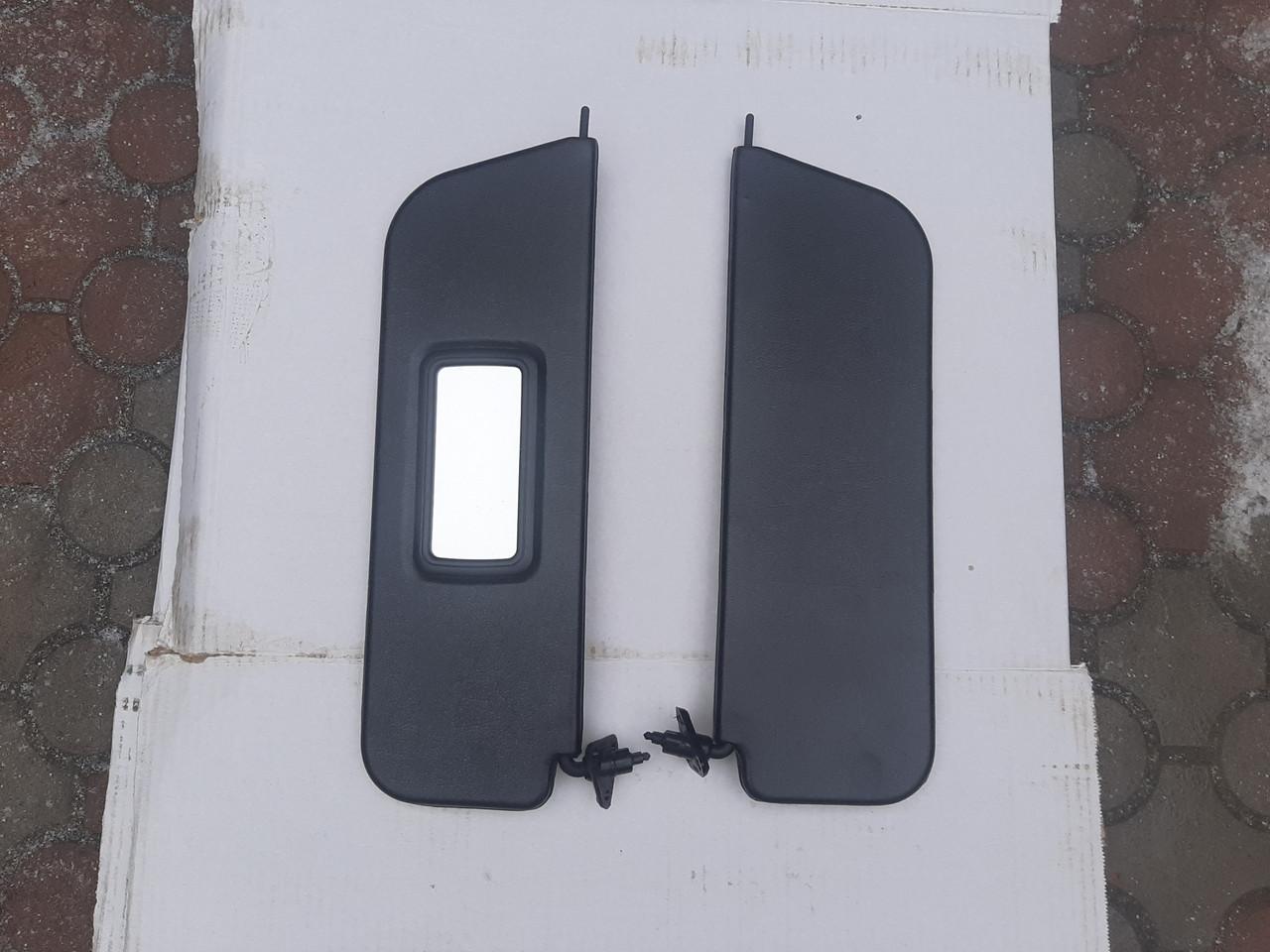 Козирок сонцезахисний ВАЗ 2101-2107 жестий чорний завод Росія