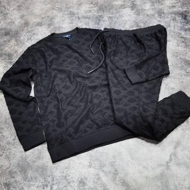 Мужской костюм Louis Vuitton