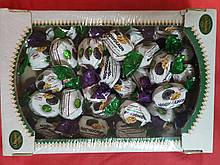 Цукерки великі з горіхами та фруктами в кондитерському шоколаді, асорті 1 кг