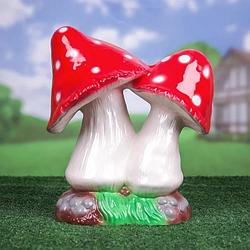 Садові фігури грибів
