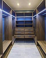Гардеробная комната с подсветкой на заказ Хит продаж