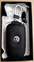 Брелок ключница для авто на Volkswagen из экокожи со змейкой