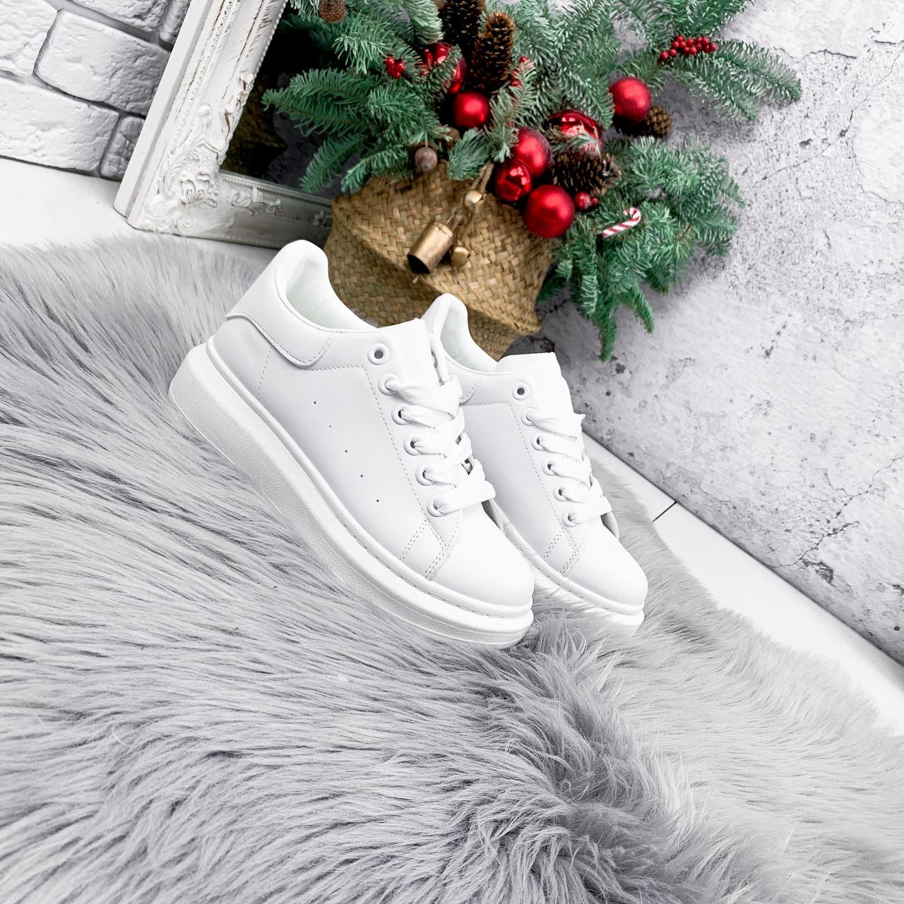 Кроссовки женские QMac белые 2778